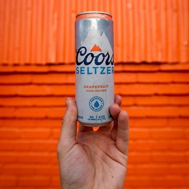 Thought your feed could use a Coors Seltzer break. 📸 @coorspgh